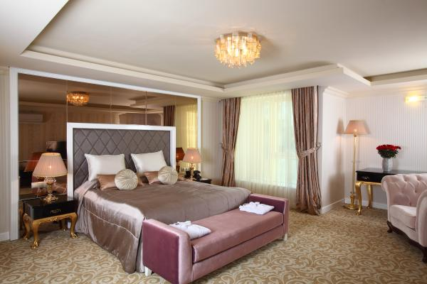 Royal King Suite resim 1